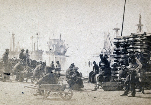 Marine workers in the 1860s